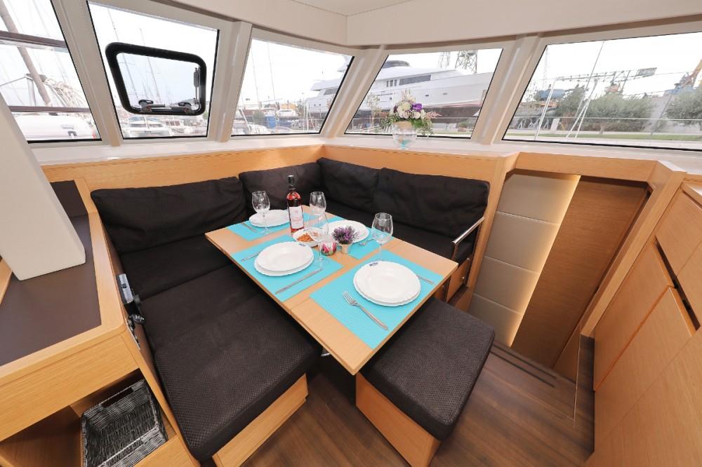 Catamarán para alquilar Leucade al mejor precio