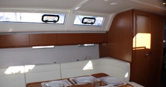 Bavaria Cruiser 51 entre particulares y profesional Golfo Aranci