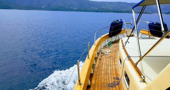 Alquiler de barcos Split barato de Leut