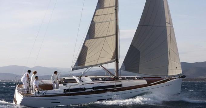 Alquiler de barcos Veruda barato de Dufour 405 BM