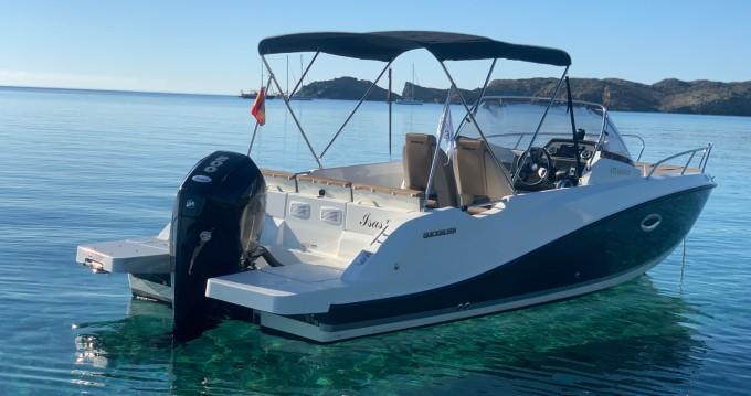 Alquiler de barcos Quicksilver Activ 675 Sundeck enMahón en Samboat