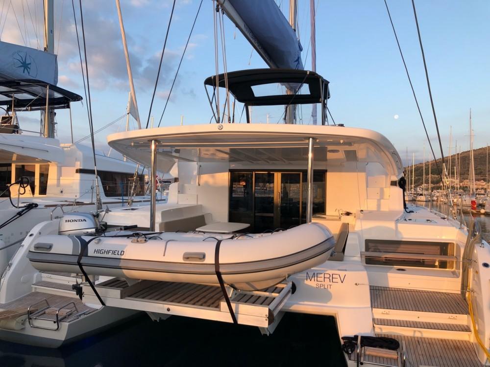 Alquiler de barcos  barato de Lagoon 50
