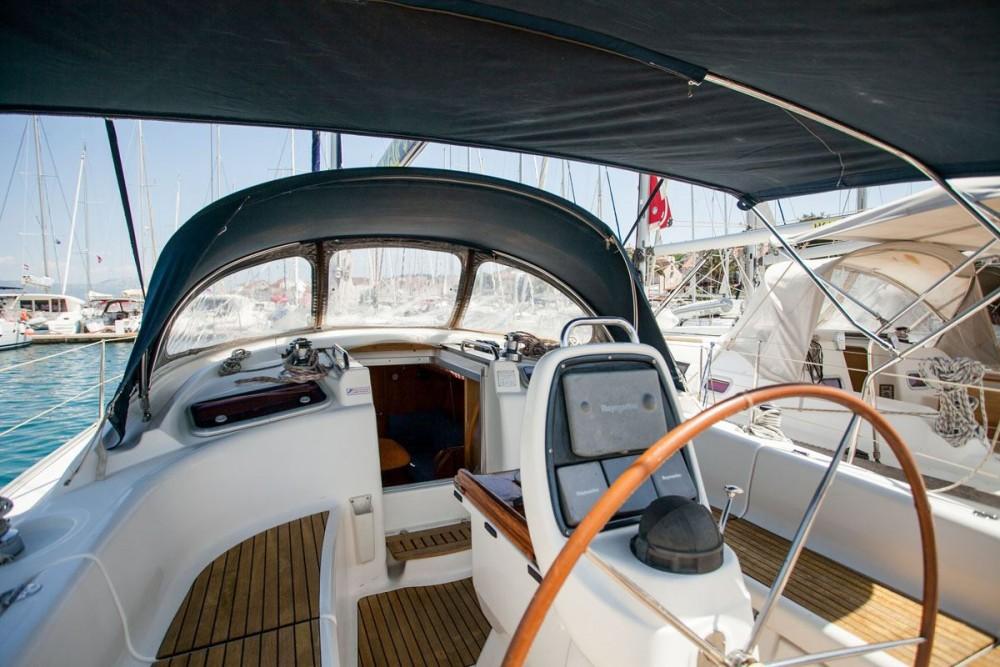 Alquiler de barcos  barato de Bavaria 37 Cruiser