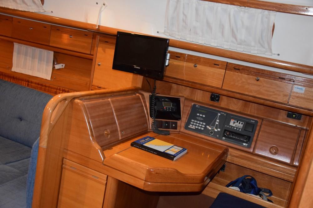 Alquiler de barcos Bavaria Bavaria 37 Cruiser en en Samboat