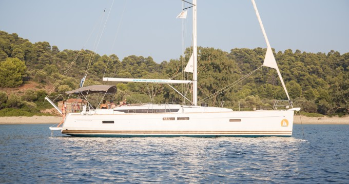 Alquiler de barcos Volos barato de Sun Odyssey 469