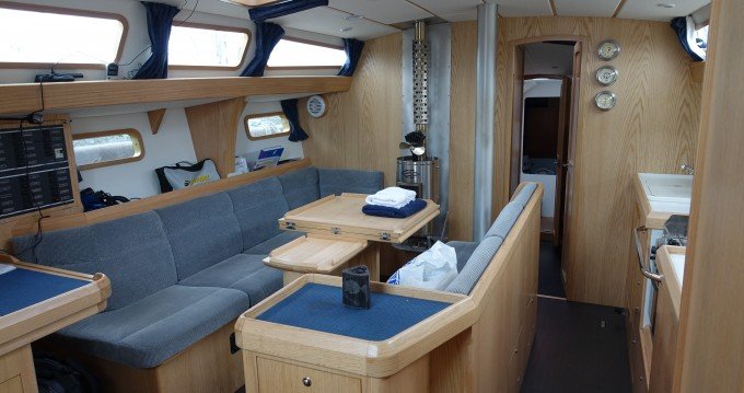Alquiler Velero Alubat con título de navegación