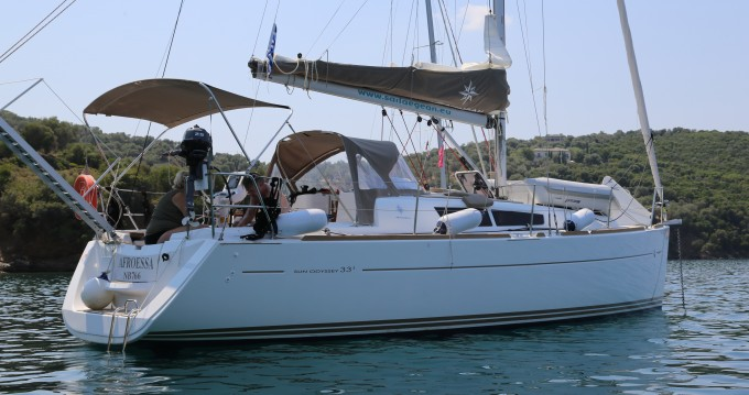 Alquiler de barcos Skópelos barato de Sun Odyssey 33i