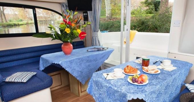 Alquiler Casa flotante en Invergarry - CBL Elegance