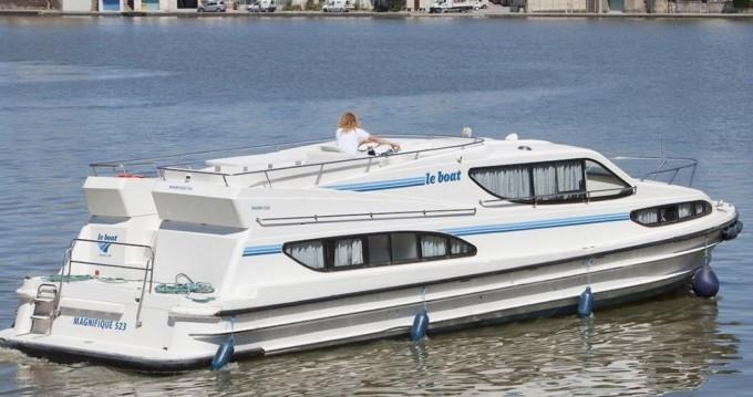 Alquiler Casa flotante Connoisseur con título de navegación