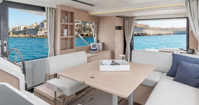 Alquiler de barcos Bénéteau Swift Trawler 41 (2020) enSplit en Samboat