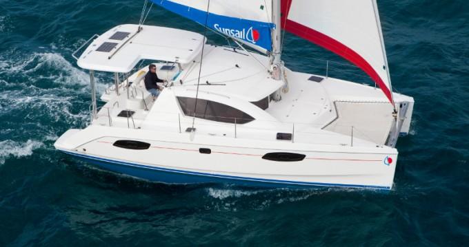 Alquiler Catamarán en Raiatea - Leopard Sunsail 404