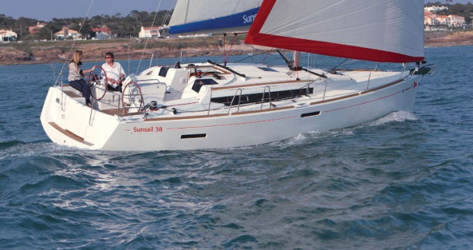 Alquiler de Jeanneau Sunsail 38 en Lefkada (Isla)