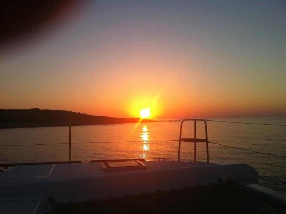 Alquiler de barcos Cannes barato de Lagoon 40 Motor Yacht