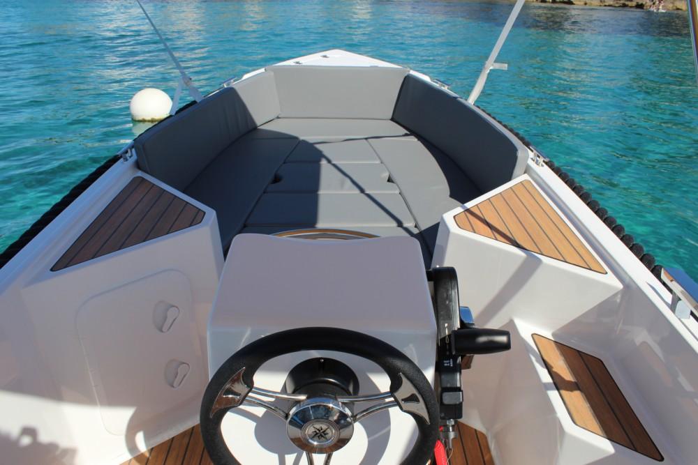 Alquiler Lancha Sylver Yacht con título de navegación