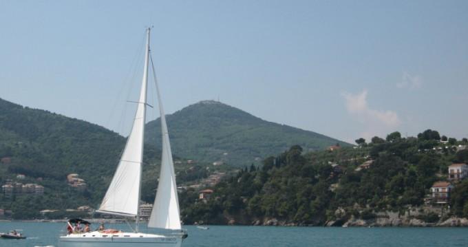 Alquiler de yate Porto Antico - Bénéteau Cyclades 43.3 en SamBoat
