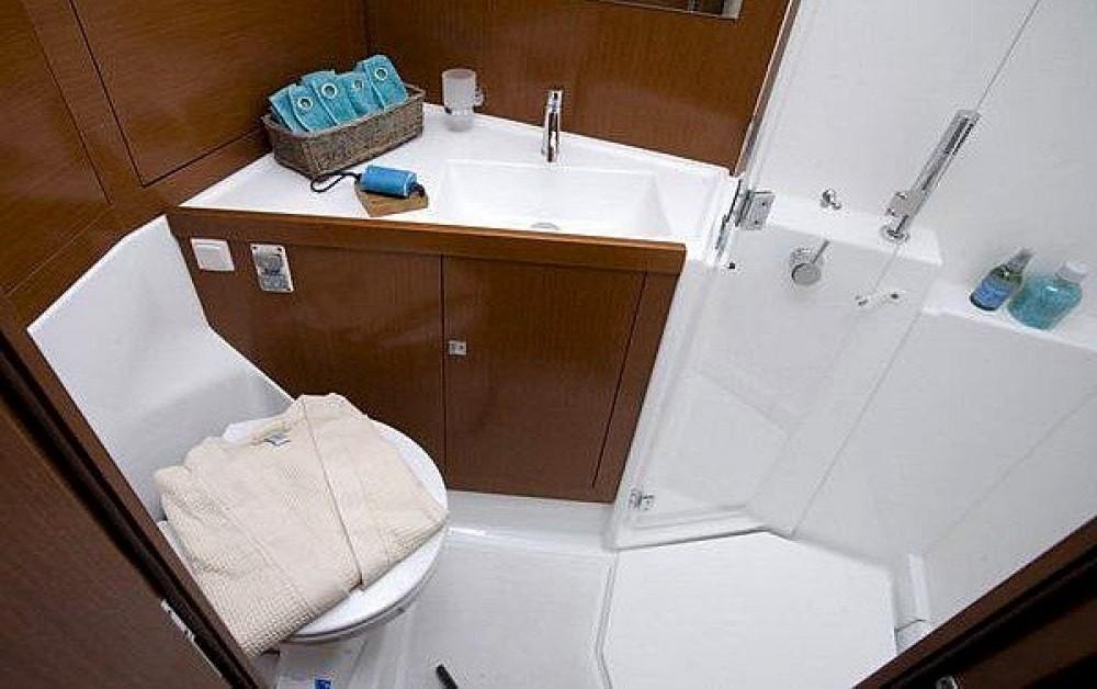 Alquiler de Bénéteau Oceanis 45 (4 cabins) en Marmaris