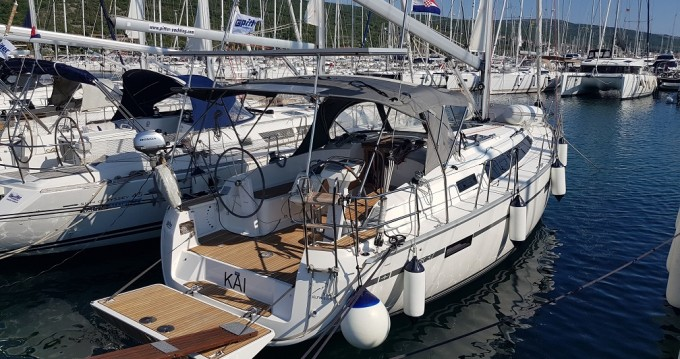 Alquiler de barcos Punat barato de Cruiser 37