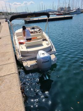 Alquiler de Eolo 730 Day en Marseille