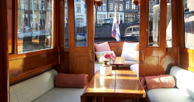 Alquiler de Lancha, con o sin patrón Aemstelland Ámsterdam