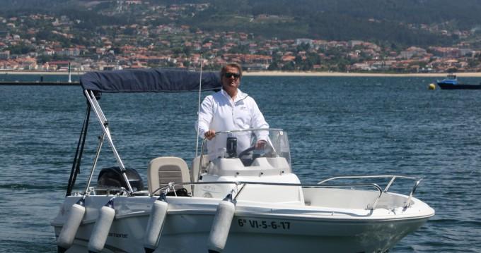 Alquiler de barcos Baiona barato de Cap Camarat 4.7 CC Style