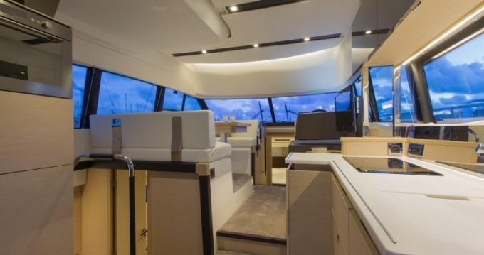 Jeanneau Prestige 420 Fly entre particulares y profesional Cannigione