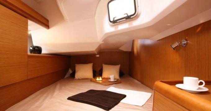 Alquiler de barcos Gouviá barato de Sun Odyssey 44i