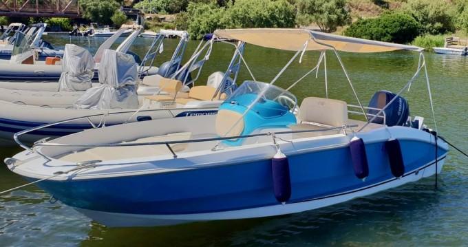 Alquiler de Sessa Marine Key Largo One en Saint-Florent