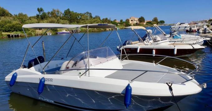 Alquiler de barcos Saint-Florent barato de Flyer 650 Sun Deck