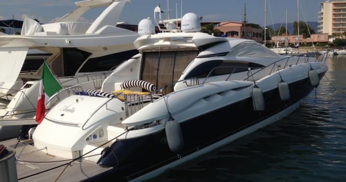 Alquiler de barcos Sunseeker Predator 75 enAugusta en Samboat