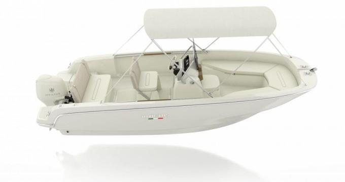 Alquiler de barcos Mahón barato de Invictus 190 FX