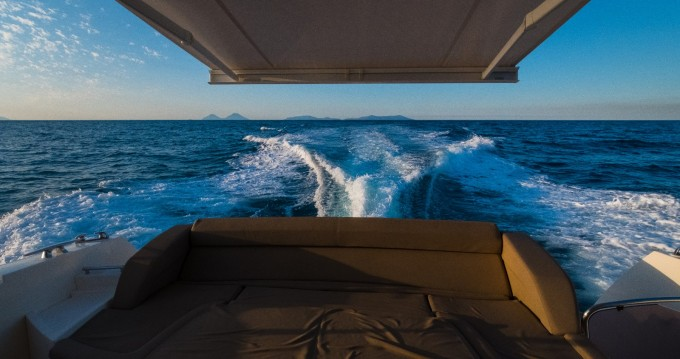 Alquiler de barcos Jeanneau Prestige 500 S enCapo d'Orlando en Samboat