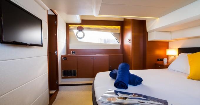 Alquiler de yate Lipari - Jeanneau Prestige 500 S en SamBoat