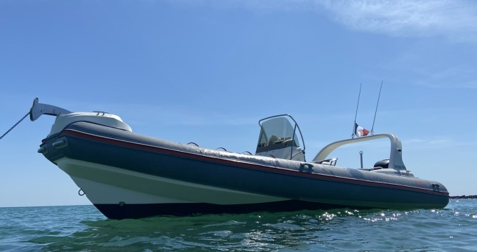 Alquiler de barcos Nuova Jolly King 800 RS enBarneville-Carteret en Samboat
