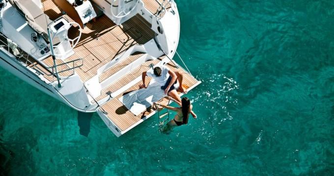 Alquiler de barcos Barcelona barato de Sun Odyssey 42