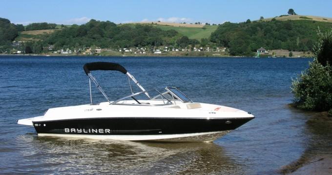 Alquiler de Bayliner Bayliner 175 GT en Salles-Curan
