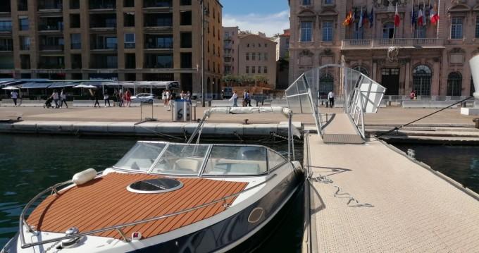 Alquiler de barcos Four Winns Sundowner 205 enMarseille en Samboat