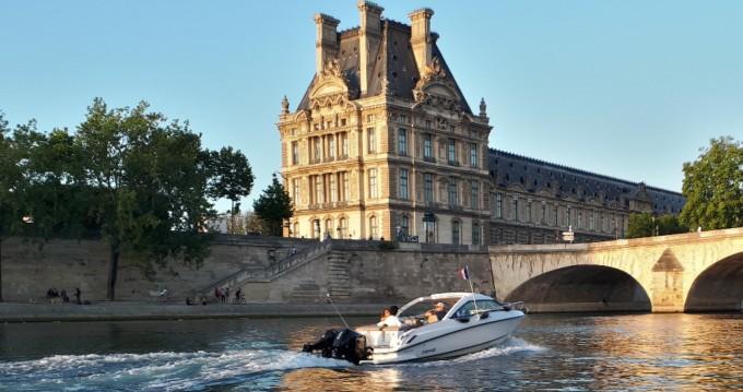 Alquiler de barcos Paris barato de 700 ST