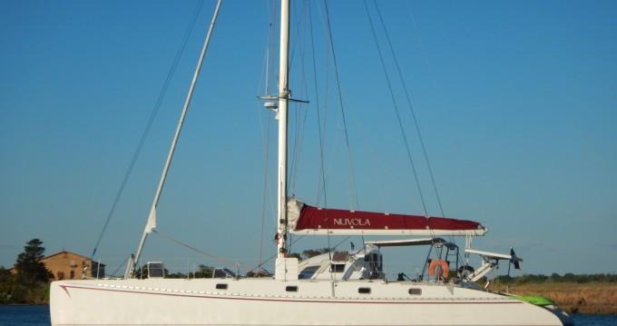 Alquiler Catamarán Outremer con título de navegación
