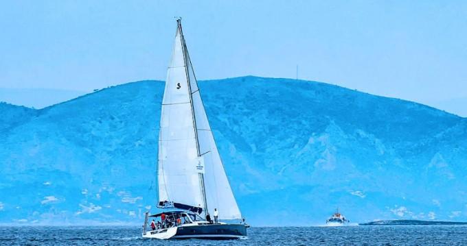 Alquiler de yate Lávrio - Bénéteau Oceanis 55 en SamBoat