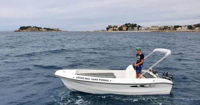 Alquiler Lancha Karel con título de navegación