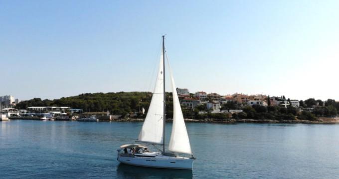 Alquiler de barcos Pula barato de Sun Odyssey 419