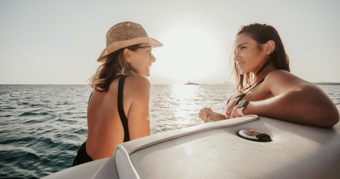 Alquiler de barcos Isla de Ibiza barato de Sea Ray 260