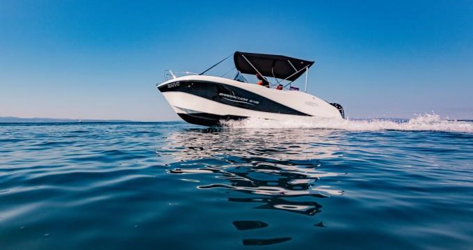 Alquiler de yate Split - Okiboats Barracuda 545 Open en SamBoat