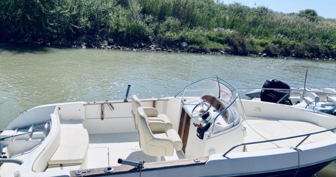 Alquiler de barcos Jeanneau Cap Camarat 7.5 Open enMauguio en Samboat