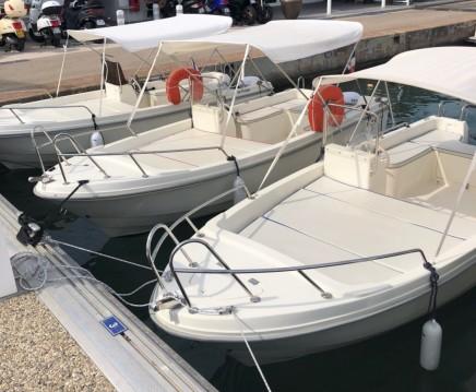 Alquiler de barcos Mandelieu-la-Napoule barato de Tiller 48