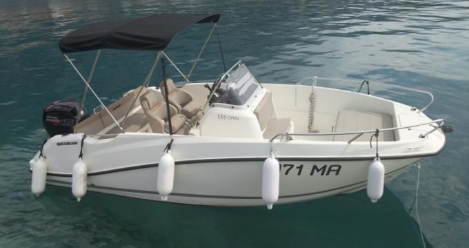 Alquiler de barcos Makarska barato de Activ 555 Open