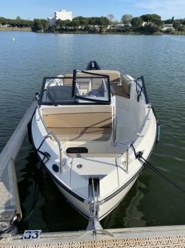 Alquiler de barcos Quicksilver Activ 675 Open Smart Pack enLa Grande-Motte en Samboat