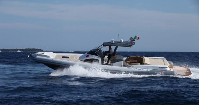 Alquiler de barcos Motonautica-Vesuviana Marine Mito 45 enSaint-Florent en Samboat