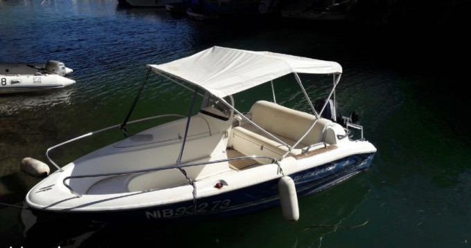 Alquiler de barcos Mandelieu-la-Napoule barato de Quicksilver 425