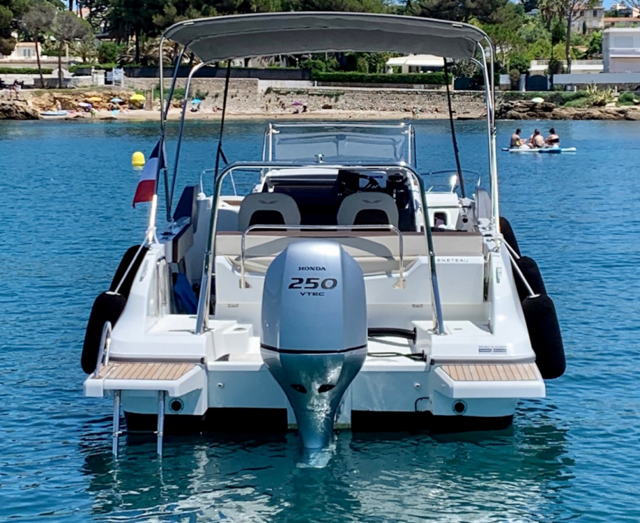Alquiler de barcos Antibes barato de Flyer 7.7 SUNdeck